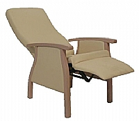 Mobilier EHPAD - Fauteuil Relax FABIEN HD incli. relev jambe 2 poig-Fauteuil-FABIEN-Relax-bois-hd-pieds-inc-jsq-180-1.JPG