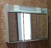 Mobilier EHPAD - Armoire de salle de bain-CHAMBRE-DIVERS-Armoire-de-salle-de-bain_1_20180322171228.JPG