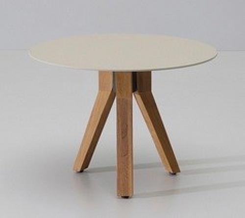 table basse 3 pieds exterieur table d 39 ext rieur ref z7464 mobiliers ephad et maison de. Black Bedroom Furniture Sets. Home Design Ideas