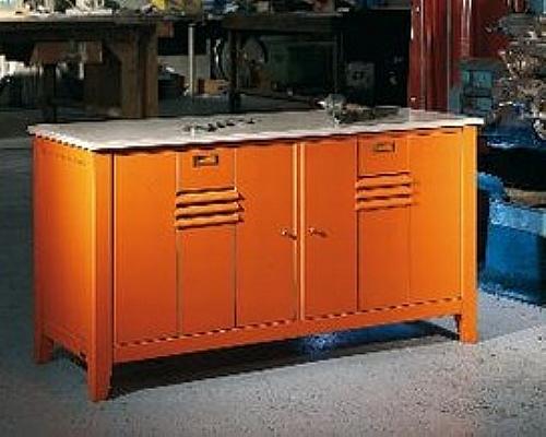 meuble bas 2 portes manufacture meuble d 39 appoint. Black Bedroom Furniture Sets. Home Design Ideas